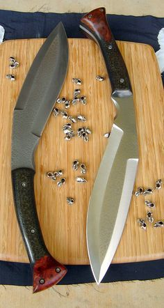 Knife Quotes, Knife Puns and Survival Quotes:Here are some favorite knife quotes, knife puns and survival quotes. Cool Knives, Knives And Tools, Knives And Swords, Survival Tools, Survival Knife, Tactical Knives, Beil, Swords And Daggers, Custom Knives