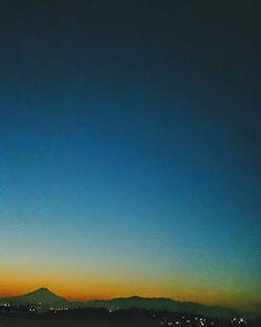 とゆうやけぐらでーしょん  #空 #夕焼け #夕暮れ #富士山 #ダレカニミセタイソラ #写真好きな人と繋がりたい #photo #japan #landscape #日本 #風景 #instagram #igers #igersjp #twilight #sunset #sunsetlovers #igで繋がる空 #sky #skylovers #skyporn #skypainters #skyscraper #nature #silhouette #ptk_sky #super_photosunsets #photooftheday #instasky #instagood