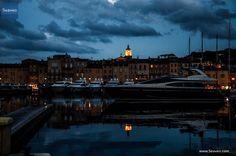 Saint-Tropez by night #sainttropez #sttropez #cotedazur #frenchriviera #frenchreviera #france #holidayhouse #holidayapartment #hotel #beachhouse #beachhotel #seaside #seaveo #seaview #Meerblick #ferienhaus #ferienvilla