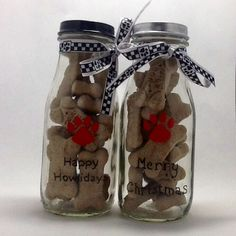 Starbucks bottle painted with Sharpie Oil based sharpie and filled with dog treats. Inexpensive dog gifts for the four legged kids on your list. By Aissa.