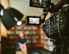 Camera With Flip Screen, Best Vlogging Camera, Liberal Arts Education, Image Film, Instructional Design, Influencer Marketing, Great Videos, Social Media Marketing, Digital Marketing