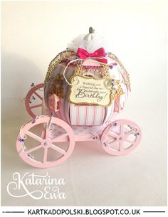 Birthday Carriage Exploding Box - 121 Carriage Exploding box - a must see - Kartka do Polski #papercrafts #diy #princess