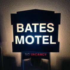 Bates Motel Sign Night Light Rabbit Tanaka http://www.amazon.com/dp/B00J3AOUR2/ref=cm_sw_r_pi_dp_9kTkvb1YV4XZK