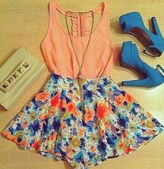Summer Outfit #PrimerasVecesByCyzone Idea light blue floral skirt, black tank, red jacket