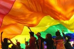 LGBTİ fotoğraf sergisi  http://www.nouvart.net/lgbti-fotograf-sergisi/