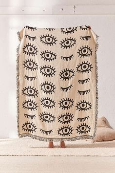 Calhoun & Co. X UO Allover Eyes Woven Throw Blanket
