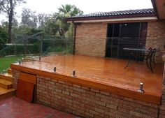Looks wrong....needs upright posts. Image result for glass balustrade around  2m high alfresco