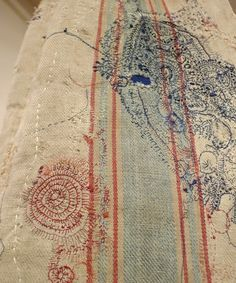 Japanese Embroidery, Diy Embroidery, Embroidery Stitches, Machine Embroidery, Textile Fabrics, Textile Patterns, Thread Art, Japanese Textiles, Sewing Stitches