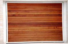 Portão de Madeira EP-302 pode ser revistido com madeira ipê ou jatoba no desenho vertical, diagonal, espinha de peixe ou losango (assoalho, deck ou lambril).