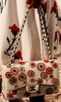 Chanel-Metiers-d-Art-Paris-Salzburg-Bag-Collection-4