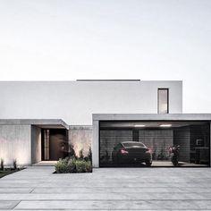 Nuovo minimalista Architecture in linea Minimalist Architecture, Modern Architecture House, Residential Architecture, Interior Architecture, Creative Architecture, Design Exterior, Facade Design, Modern Exterior, Modern House Facades