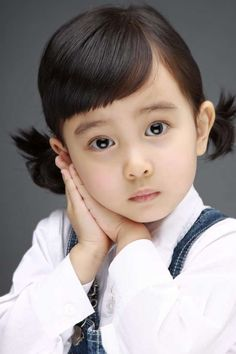"""The South Korean child actress Kal So-won (born August 14, 2006) who is best known for starring in the heartwarming comedy """"Miracle in Cell No. 7"""" (2012), one of the best-selling Korean films of all time. 