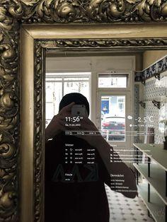 Wer sich einen Smart Mirror selbst bauen möchte, kommt früher oder später zur Frage nach dem richtigen Spiegelglas und den zuverlässigen Online-Händlern