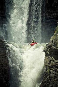 Vive le kayak, bon dans la région de l'ardèche il n'y a pas ça mais quand mm