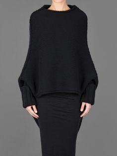 Sweater by Isabel Benenato Knitwear Fashion, Hijab Fashion, Dark Fashion, Winter Fashion, Winter Mode, Looks Chic, Wabi Sabi, Casual Fall, A Boutique