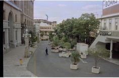 312270PD: Forrest Place, Perth from Carillon Arcade balcony, April 1983 https://encore.slwa.wa.gov.au/iii/encore/record/C__Rb2118485