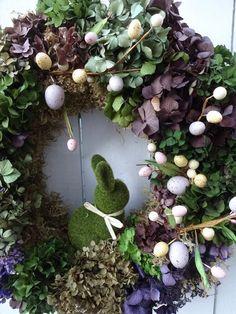 Autumn Wreaths For Front Door, Easter Wreaths, Holiday Wreaths, Door Wreaths, Holiday Decorations, Moss Wreath, Hydrangea Wreath, Easter Gift, Easter Bunny