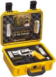 Smith & Wesson Emergency Survival Kit