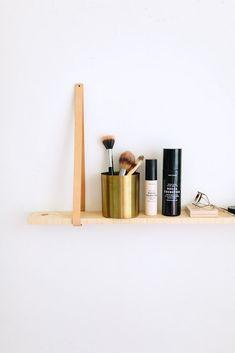 DIY: Make up leather hanging shelf