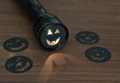 Read Halloween books in the dark with a DIY Jack-O-Light! For the Halloween-obsessed little man. Theme Halloween, Holidays Halloween, Spooky Halloween, Halloween Crafts, Holiday Crafts, Holiday Fun, Happy Halloween, Fun Crafts, Halloween Ideas