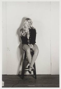 From The Broad Collection: Cindy Sherman, Untitled gelatin silver print, The Broad Art Foundation. History Of Photography, Art Photography, Documentary Photography, Cindy Sherman Art, Cindy Sherman Photography, Untitled Film Stills, Modern Feminism, Michael Owen, Blonde Actresses