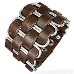 кожаный браслет - This leather & metal cuff reminds me of certain armor construction techniques. Leather Art, Leather Gifts, Leather Tooling, Leather Jewelry, Metal Jewelry, Handmade Bracelets, Bracelets For Men, Leather Bracelet Tutorial, Bracelet Cuir