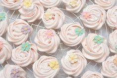 Pink Piccadilly Pastries: Meringue Rosettes