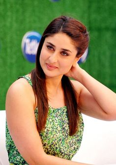 Kareena Kapoor at the launch of Tata beverages' Tetley green tea in Mumbai. #Style #Bollywood #Fashion #Beauty