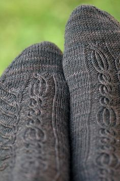 Randiriel socks pattern by Alexandra Wiedmayer, pattern free via Ravelry