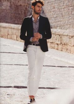 Spec-Tacular Menswear Campaigns - The Dolce & Gabbana Summer 2012 Precollection is Suited Up (GALLERY)