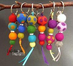 how to felt wool 1347877936 467 Wet Felting, Needle Felting, Felt Gifts, Felted Wool Crafts, Crochet Decoration, Felting Tutorials, Felt Ball, Felt Diy, Craft Fairs