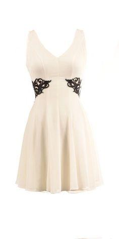 Sleeveless Off white Dress with aplique