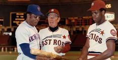 Willie Mays, Leo Durocher, Cesar Cedeno Mlb Uniforms, Baseball Uniforms, Leo Durocher, Baseball Wall, Baseball Photography, Sports Gallery, Willie Mays, American League, Sports Photos
