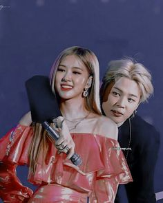 Ah mahn people are talented! Kpop Couples, Cute Couples, Korean Couple, Korean Girl, K Pop, Bts Girl, Bts Imagine, Blackpink And Bts, Blackpink Photos