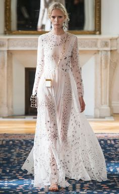 Valentino Spring-Summer 2017 Ready-to-Wear Runway Collection   Lovika