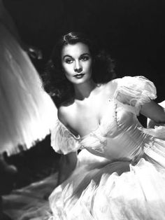 And although Vivien Leigh made fewer than twenty films throughout her storied career, she will gracefully be remembered as one of the most accomplished and beautiful leading ladies of the golden age of Hollywood. Old Hollywood Glamour, Golden Age Of Hollywood, Vintage Hollywood, Hollywood Stars, Classic Hollywood, Hollywood Street, Hollywood Boulevard, Hollywood Fashion, Scarlett O'hara
