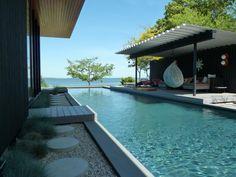 pool at Simon Doonan and Jonathan Adler's house on shelter island via Gardenista