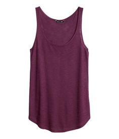 #Burgundy #HM #TankTop Save this picture and upload it to your closet! http://wishi.me