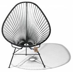 Satisfacción garantizada! Con La silla Acapulco negra.... Todo un clásico! Original de México.