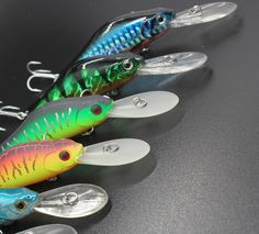 Free Shipping Super Quality 7 Colors 7cm 9.2g Hard Bait Minnow Crank Fishing lures Bass Fresh Salt water 6# VMC hooks