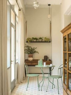 Pale and earthy in a Mallorca home