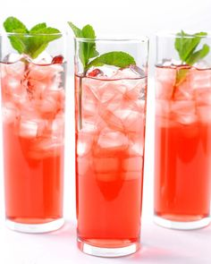 Hibiscus-Mint Iced Tea