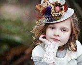 royal wedding fascinator bride bridal flower girl bridesmaids bridesmaid hair headpiece head feathers veil