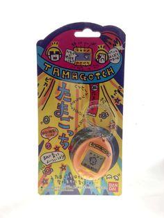 Tamagotchi V1 (original 1997) Bandai Orange