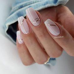 Neutral Nail Designs, Manicure Nail Designs, Neutral Nails, Beautiful Nail Designs, Nail Manicure, Elegant Nail Designs, Line Nail Designs, Chic Nail Designs, Silver Nail Designs