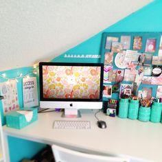 Turquoise! iMac!