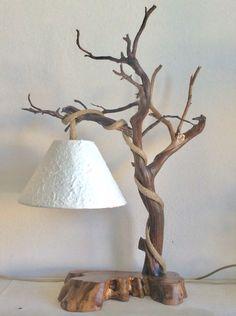 Επιτραπεζιο φωτιστικο με κεδρο και βαση απο κυλο ελιας. Table Lamp, Lighting, Home Decor, Lamp Table, Decoration Home, Light Fixtures, Room Decor, Table Lamps, Lights