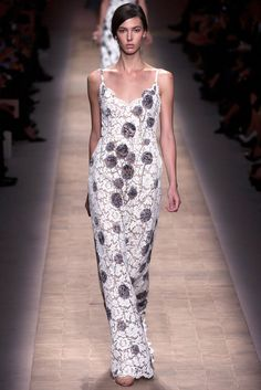 Valentino Spring 2013 Ready-to-Wear - Collection - Gallery - Look 27 - Style.com