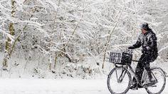 9 onderhoudstips voor uw fiets bij sneeuw of vriestemperaturen Let It Snow, Winter Wonderland, Outdoor, Rain, Outdoors, The Great Outdoors