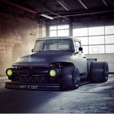 Monster pickup drifter racer - don't know what it is but i want it!